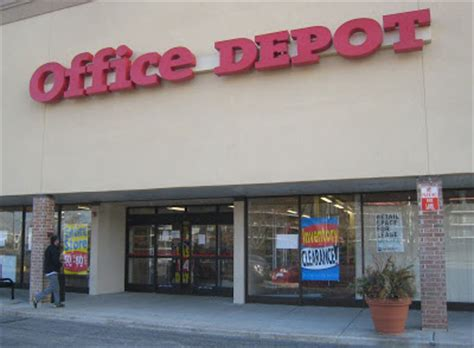 Office Depot Closing Stores List Tech Media Tainment Half Empty Malls Store