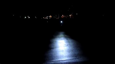 200 lumen bike light xc 997a 3w 3 mode 200 lumen white led bike light 4 x aa