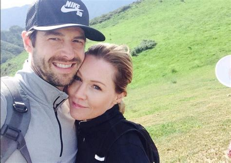 david abrams jennie garth jennie garth dave abrams engaged extratv com