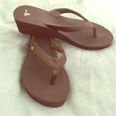 most comfortable wedge flip flops 17 best ideas about sanuk flip flops on pinterest most