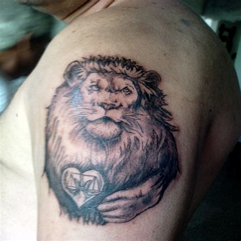 lion shoulder tattoos for men tattoos designs ideas and meaning tattoos for you
