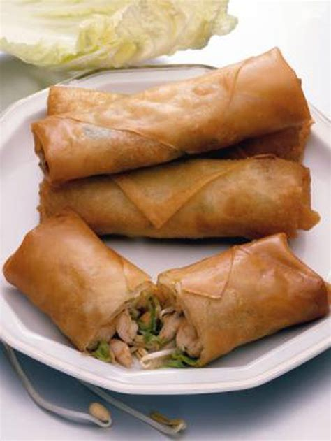 How To Make Fried Rolls With Rice Paper - how to cook frozen lumpia leaftv