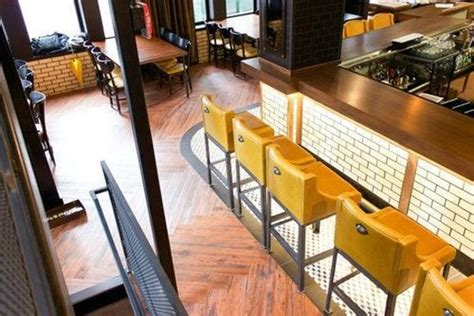 bostonia public house bar booths picture of bostonia public house boston tripadvisor