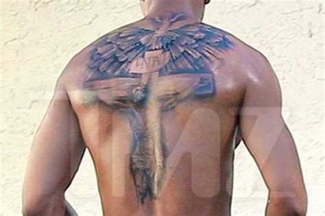 nick cannon tattoo on his back nick cannon shows quot quot cover up