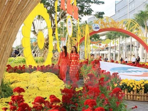 new year flower show hcm city to welcome new year with flower festival