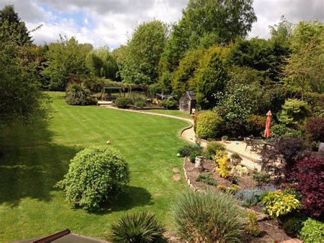 Gardens Directory by Uckfield Directory