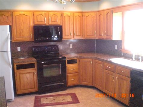 Kitchen Oak Cabinets by Oak Kitchen Cabinets With Knobs Oak Kitchen Cabinets With