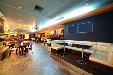 The Best Restaurant Kitchen Flooring Ideas   A Design For