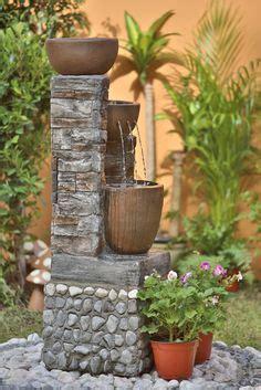 dale vida  tu jardin decorando  plantas  fuentes