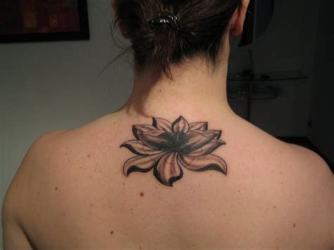 tatuaggi con fiore di loto tatuaggi fiori di loto origine significati e foto