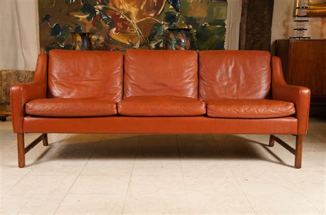 rich couch rich brown leather sofa at 1stdibs