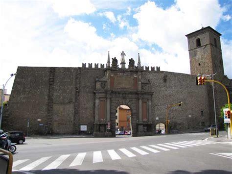 viterbo porta romana viterbo in rete le 13 porte di viterbo