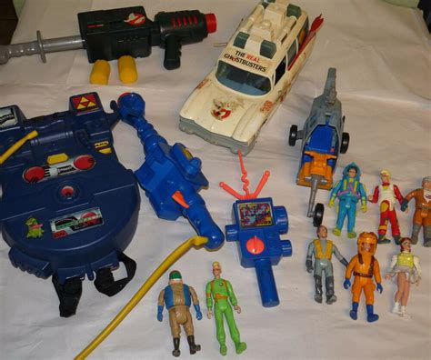 ghostbusters proton pack toys lot of vintage ghostbusters toys proton pack blaster pke