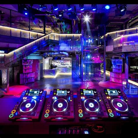 house music dj pool 11 best pioneer pro dj images on pinterest music creativity and island