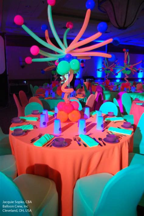 glow in the centerpieces ideas 97 best images about sweet 16 black light on glow and paint