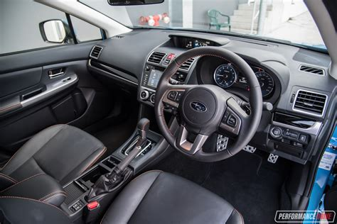 subaru crosstrek interior 2018 subaru crosstrek performance review 2017 2018 2019