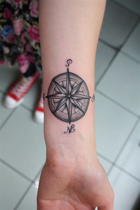 compass tattoo designs for women compass wrist designs ideas and meaning tattoos