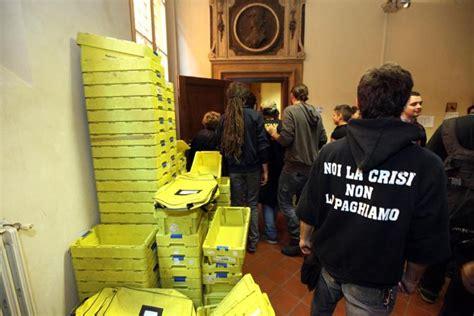 ufficio notifiche bologna 171 indignati 187 scontri con le forze dell ordine