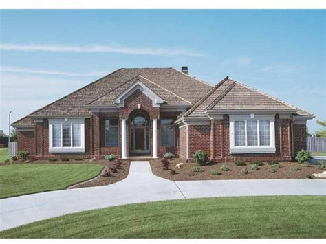 new american house plan with 2456 square and 3