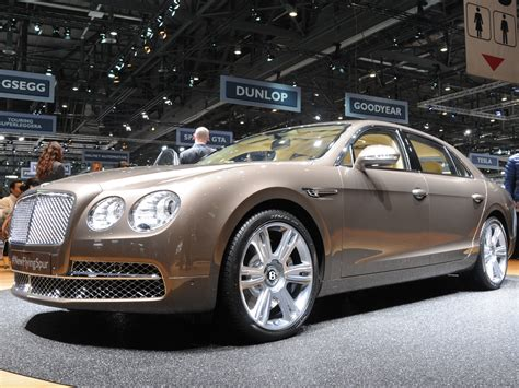 bentley flying spur 2014 2013 geneva motor 2014 bentley flying spur