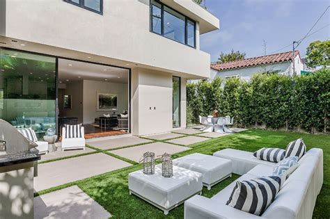 ultra contemporary home overlooking the city of linz exclusive new home overlooking the city of angels