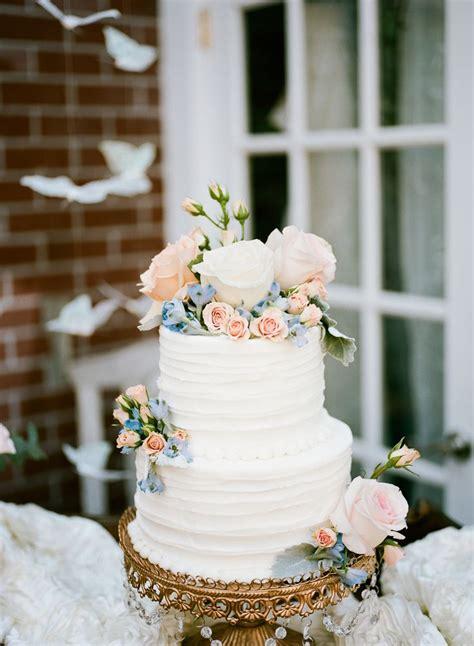 Wedding Cake Buttercream by Best 25 Buttercream Wedding Cake Ideas On