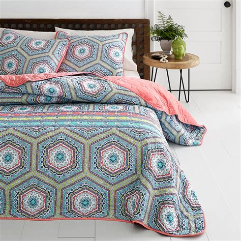 Medallion Quilt Set by Azalea Sumatra Medallion Quilt Set From Beddingstyle