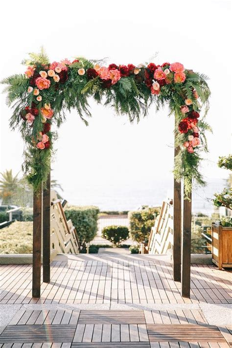 Wedding Arch No Flowers by 20 Outdoor Wedding Arches That We Can T Stop Obsessing