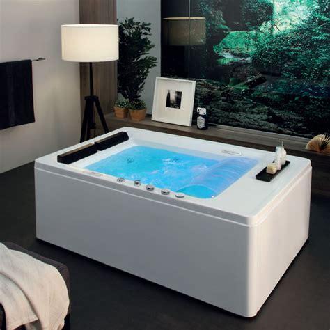 vasca da bagno grande vasca da bagno grande grande interno spazioso bagno