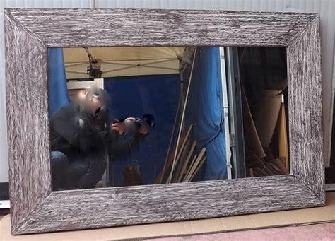 cornici per specchi in legno 17 migliori idee su specchio con cornice in legno su