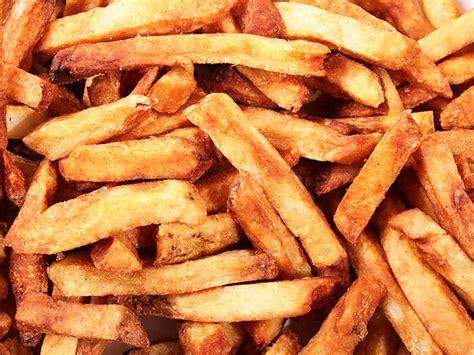 Kentang Goreng Cut Pommes Frites we eat every dipping sauce at pommes frites serious eats