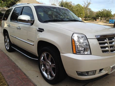 online auto repair manual 2009 cadillac escalade on board diagnostic system service manual how to change a 2009 cadillac escalade dipped beam replacement 2009 cadillac