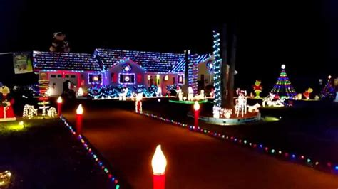 28 best syncronized christmas lights christmas lights