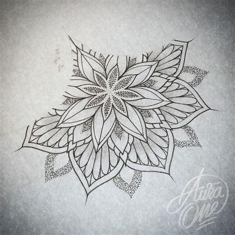 tattoo mandala ventre les 699 meilleures images du tableau m 225 ndalas sur