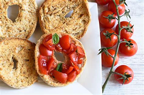 ricette fatte in casa friselle fatte in casa ricetta semplice e veloce e sfiziosa