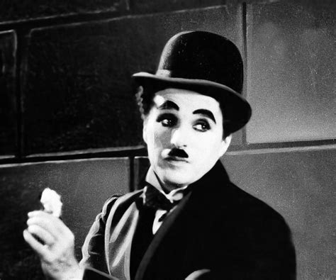 Charlie Chaplin Timeline Biography | charlie chaplin biography childhood life achievements