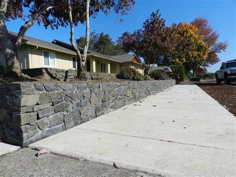 Landscape Rock Albany Oregon Rock Retaining Walls Eugene Graham Landscape Design