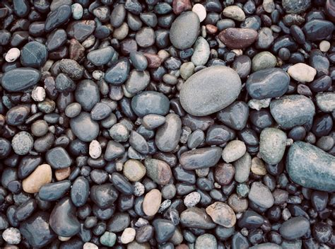 the pebble in my should i use pebbles in my pond