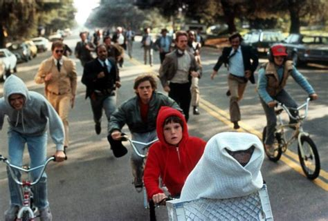 E T Bike Chase Scene by This Powerful Audition From The Little Boy In E T Made