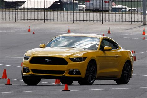 2015 mustang v6 road test 2015 mustang v6 road tests autos post