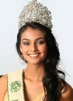 Miss Chile Hil Yesenia Hernandez Escobar Crowned Miss Earth 2006 by Daniela Stucan Airwindzone