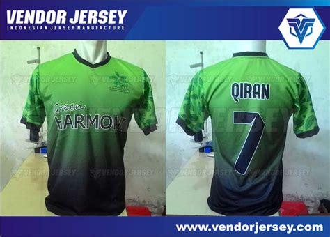 Kaos Barcelona Logo 11 V Neck Vnk Bcn20 pembuatan jersey futsal gradasi warna hitam dan hijau vendor jersey
