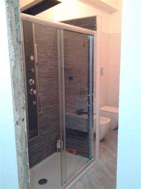 rivestimento doccia in pietra foto bagno con doccia rivestita in pietra di edil dg