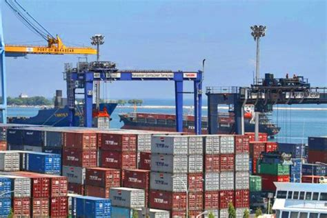 layout pelabuhan peti kemas biaya logistik kemenhub hapus uang jaminan kontainer