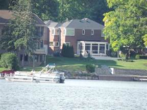 lakefront homes for in michigan waterfront homes for watkins lake waterford mi