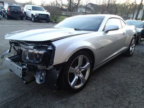 wrecked camaro find used 2012 chevrolet camaro ss salvage damaged