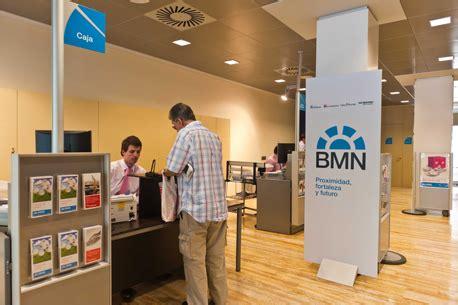 oficinas cajamurcia bmn suprimir 225 empleos y oficinas