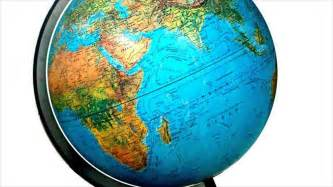 globe maps of the earth difference between map and globe