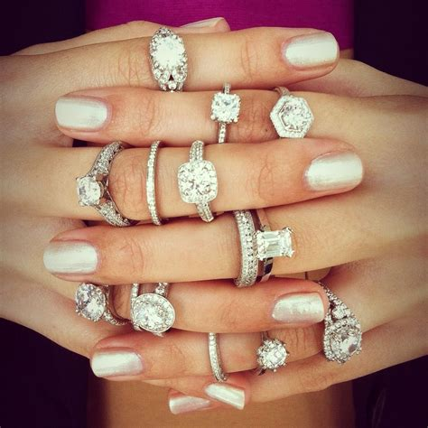 diamonds engagement rings