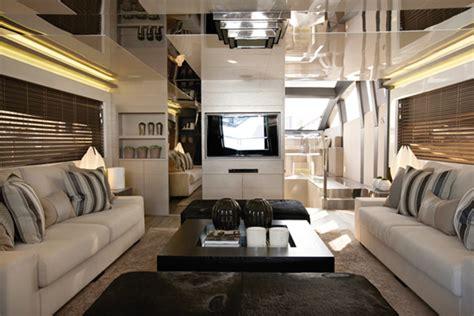 overview   design style   glamorous socialite